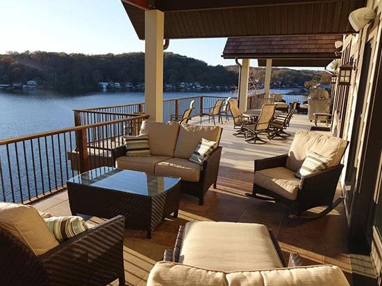 lake home designer