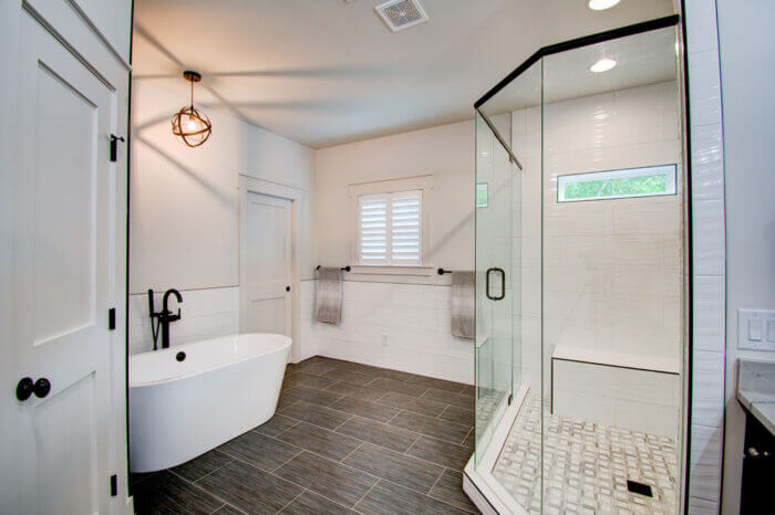 lake lanier bathroom